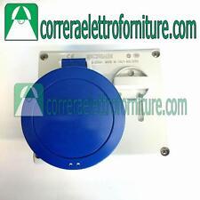 Presa interbloccata 2P+T 32A IP44 senza fusibili SCAME Omnia 4003283