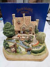 Willow Gardens Premier Ltd 0251/2200David Winter Garden Cottages Of England