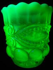 vaseline Opalescent glass toothpick holder uranium yellow radioactive green mint