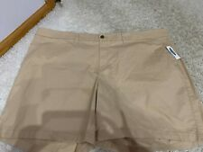 NWT: old navy plus size 7 inch sold out chino shorts (24+)
