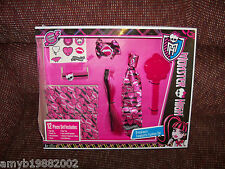 Monster High Draculaura Fangtastic Fashion Set NEW LAST ONE FREE USA SHIPPING