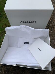 CHANEL 31 rue cambon paris box empty H15/L36/28cm