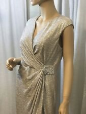 STUNNING MAGGY LONDON MATALLIC SILVER FAUX WRAP SIDE RUCHED SZ 12 COCKTAIL DRESS