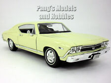 Chevrolet Chevelle (1968) SS-396 1/24 Scale Diecast Metal Model by Welly - White