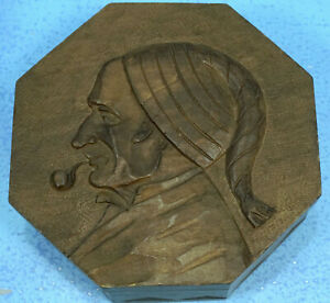 """7"""" Antique Swiss Black Forest Wood Carving HUMIDOR BOX Man Smoking Pipe Relief"""