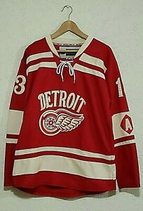 Detroit Red Wings Pavel Datsyuk NHL Hockey Winter Classic RBK EDGE Jersey SZ L