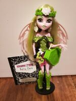 RARE Monster High Batsy Claro Doll COMPLETE - Diary, Stand, Purse, Wings