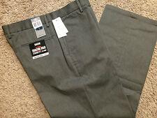 NWT DOCKERS Mens D2 Signature Khaki flat front GrayW pinstripe Pants 29x30