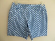 NWT Womens Lands End Cornflower Blue and White Patterned Mid Rise Shorts Size 4