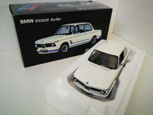 1/18 Autoart BMW 2002 turbo blanche autoart millenium