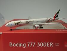 "Herpa Wings Boeing 777-300er Emirates ""Hamburger SV"" - a6-eps - 530880 - 1:500"
