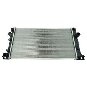 Silla Radiator Assembly Plastic Tanks Aluminum Core for Ford Lincoln SUV 13046