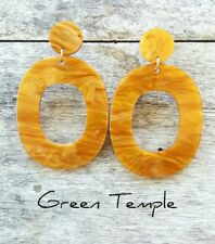 NEW! GORGEOUS LADIES LIGHT GOLD GLAMOROUS RESIN CONTEMPORARY VOGUE EARRINGS