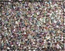 M2341) LOT  de 500 Perles de Rocaille Verre Irisé Nacré 2-3 mm