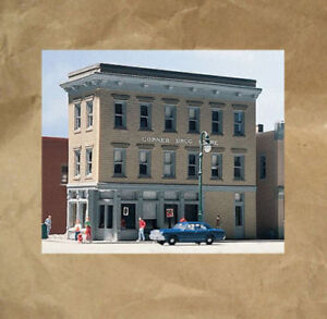 NEW ~ CORNER DRUG STORE Building Kit by DPM ~ Mayhayred Trains N Scale Lot