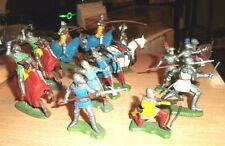 Britains Ltd - lot of 15 - 5 Mounted Knights,9 footMen 1960s,70s A