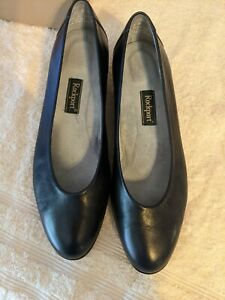Rockport women's leather shoes navy blue size 8