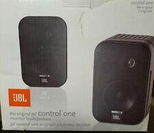 2 JBL Control One 2-Wege Kompakt Lautsprecher Speaker Boxen +Halter Schwarz NEU
