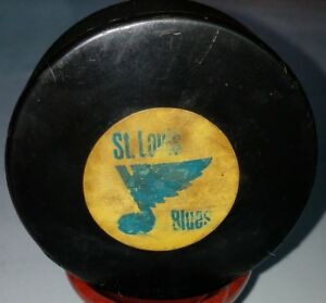 1967-68 ST. LOUIS BLUES NHL CONVERSE OFFICIAL GAME USED PUCK ART ROSS PAT2226516