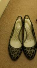 Para mujeres Zapatos Clarks Talla 5.5 Tacos Cómodo Zapatos Leopardo Gris Bombas Suave