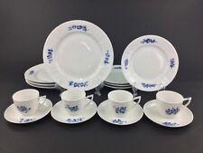 Royal Copenhagen Juliane Marie Blue 16-Piece Dinnerware Set for FOUR (4) Lot B