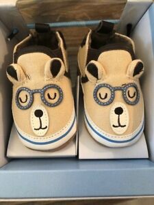 Robeez 0-6 month Brainy Bear Taupe new in box Free Shipping
