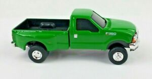 1/64 Ertl Ford F350 Green Truck Gooseneck Hitch