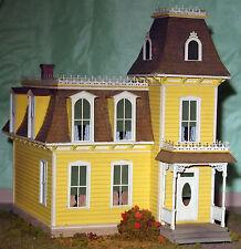 LEADVILLE HOUSE HO Model Railroad Structure Unpainted Craftsman Kit CM38104