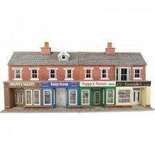 METCALFE PO272 OO SCALE Low Relief Red Brick Shop Fronts