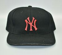 New York Yankees MLB Twins Enterprise Vintage 90's Snapback Cap Hat - NWT