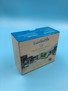 Luxentia1.8 Digital Photo Keychain and Desk Frame
