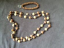 vintage wood bead necklace and bracelet