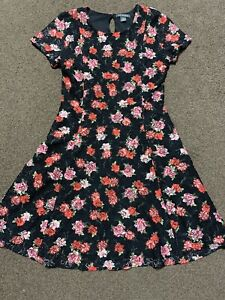 Girl's Floral Dress from Primark - Age 11/12 Years Old