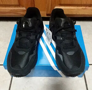 Adidas Yung-96 Sneakers Triple Black F35019 Mens Size 8.5