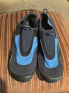 Sand N Sun Black And Blue Water Shoes Size 13