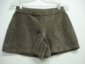 NWOT Women's Hue Wide Wale Corduroy Shorts Size Small Taupe #742H