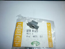 Range Rover Clip Retaining Turn Buckle Parcel Shelf Side Support NEW BTR8123