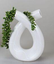 Vases irrégulières pour la décoration intérieure de la maison