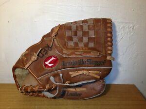 A Louisville Slugger left-handed Baseball glove LPS46D 11 inch