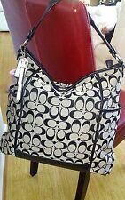 MINT~COACH~ NEW YORK~Park Signature ~ HOBO Handbag  F30341 BEAUTIFUL!