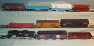 Athearn GP9 ATSF #2685 Rubber Band Drive + 8 Freight Cars & Caboose No Boxes HO
