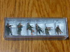 Preiser HO #10552  Hunters w/Rifles pkg(6) Sports & Rec