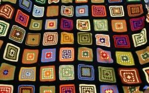 Vintage Black Granny Squares Afghan Large Bed Cover Fitted Corners Full 80x95