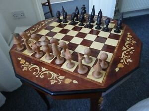 Chess table musical and inlaid