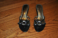 NWOB!! Womens NINA Black Leather Open Toe Heels Shoes Size 8.5 M