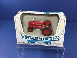 1986 ERTL 1/43 Scale, I.H. Farmall 300 Vintage Vehicle, Die-Cast Metal #2513 NIB
