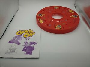 COOKIE COP REPLACEMENT PARTS 1997 Milton Bradley: *game board & manual only