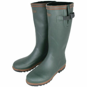 Jack Pyke Shires Wellington Boot. Perfect for keeping the feet dry! Camping