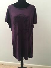 Juicy Couture Women's T-shirt Size Large Purple Tiger Short Sleeve