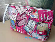 Lancome Paris Travel Chic Cosmetic Bag w Rose Logo pull